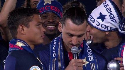 EMOCIONANTE! Ibrahimovic faz discurso em sua despedida do PSG e Verratti vai às lágrimas!