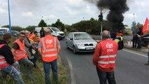 Loi travail : les accès au port de Saint-Nazaire Montoir bloqués