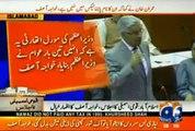 "PTI Kay Trolls nay Social media ""Paleet"" Kardia, Imran Khan Destroyed Pakistan's Politics - Khawaja Asif"