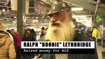 Il n'a pas rasé sa grosse barbe depuis 40 ans, il le fait et sa femme ne le reconnaît même plus!
