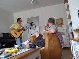 Jacques à la guitare