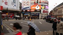 29. ENGLAND Piccadilly Circus