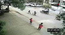 This child went out to play cricket with his friends. What happened next is terrifying movement