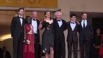 Cannes 2016 : stars et mannequins montent les marches