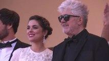 """Cannes, Almodovar e la star di """"Julieta"""" sul tappeto rosso"""