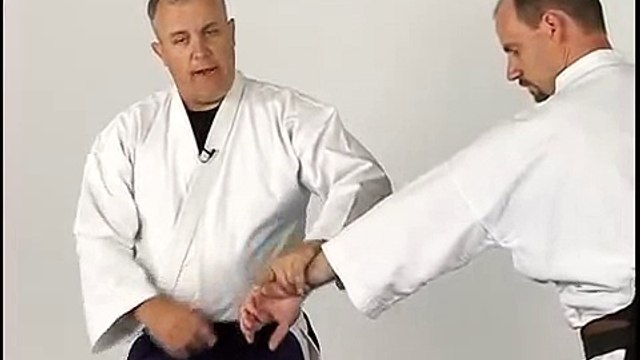 Aikido Techniques - Nikyo - Straight Punch Self Defense