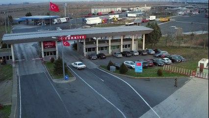 Kehribar - Orhan'ın Almanya'dan Türkiye'ye dönüşü... (1.Bölüm Klip) / Han Sarhoş Hancı Sarhoş
