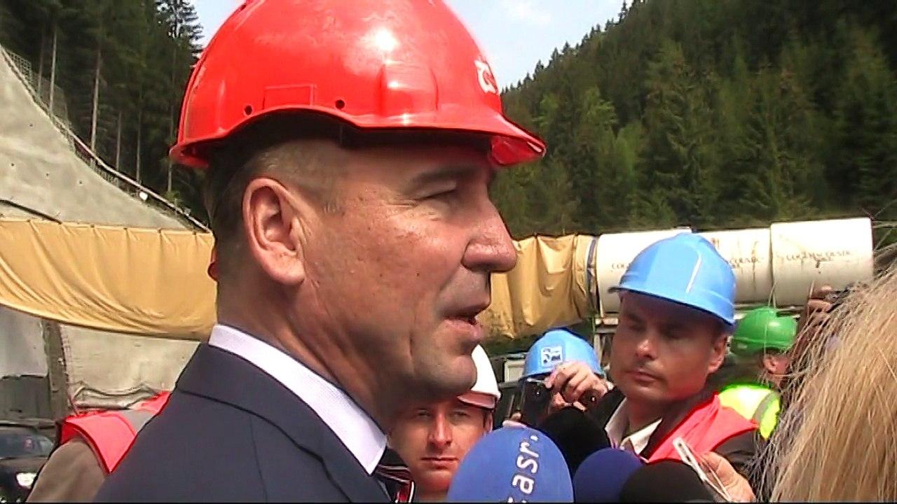 R. BRECELY: Diaľnica D1 pri Ružomberku by mala byť dostavaná do roku 2020