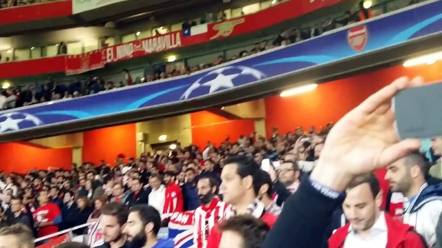 Arsenal-Olympiacos FC (29-09-2015-Emirates Stadium) Olympiacos Fans