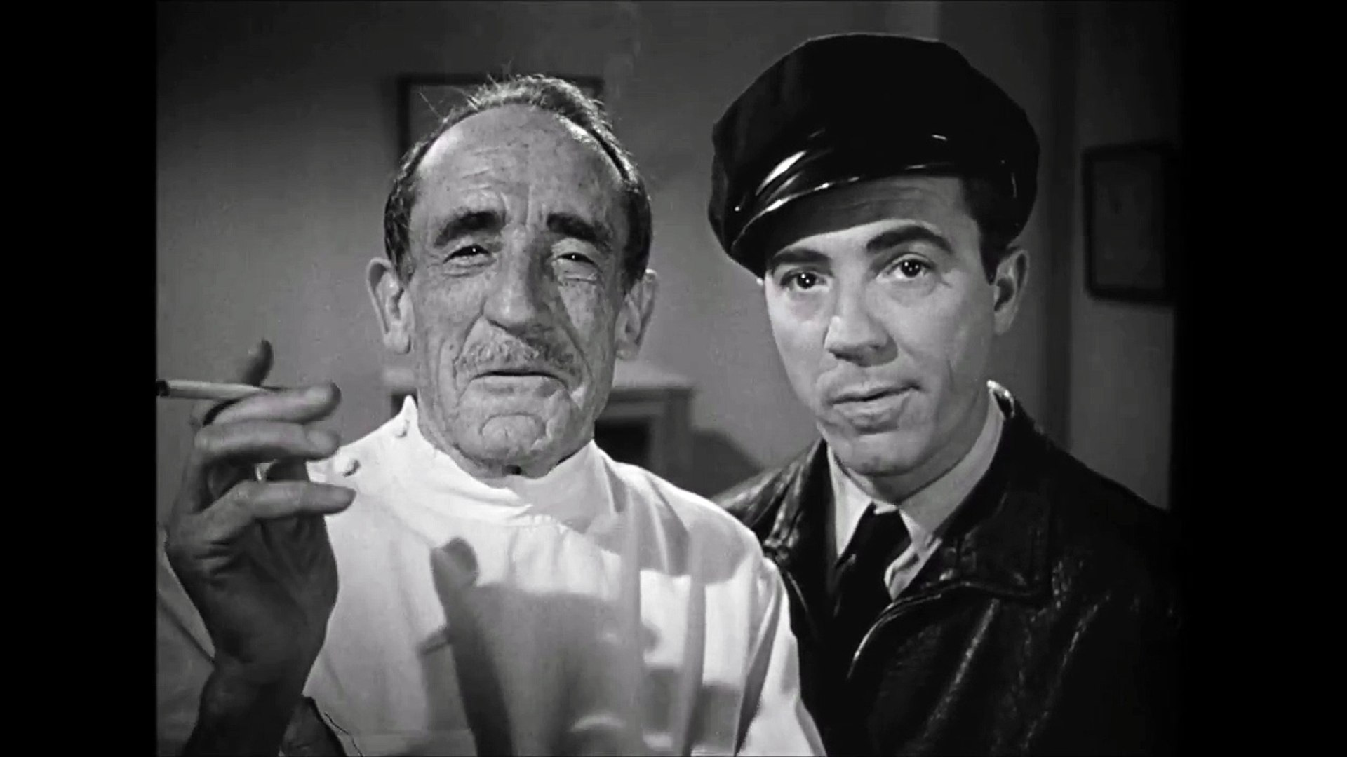 Humphrey Bogart dark passage botched plastic job.with Houseley Stevenson.