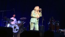 """Kesha Sing """"I Shall Be Released"""" At Bob Dylan Tribute Concert"""