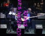 Yavuz Bingöl ve Cengiz Özkan Batan gün kana benziyor Kuruçeşme Arena Konseri
