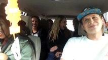 Un chauffeur Uber fait un rap en conduisant 6 filles dans sa caisse
