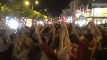 Bursa'da Galatasaray Taraftarından Coşkulu Kutlama