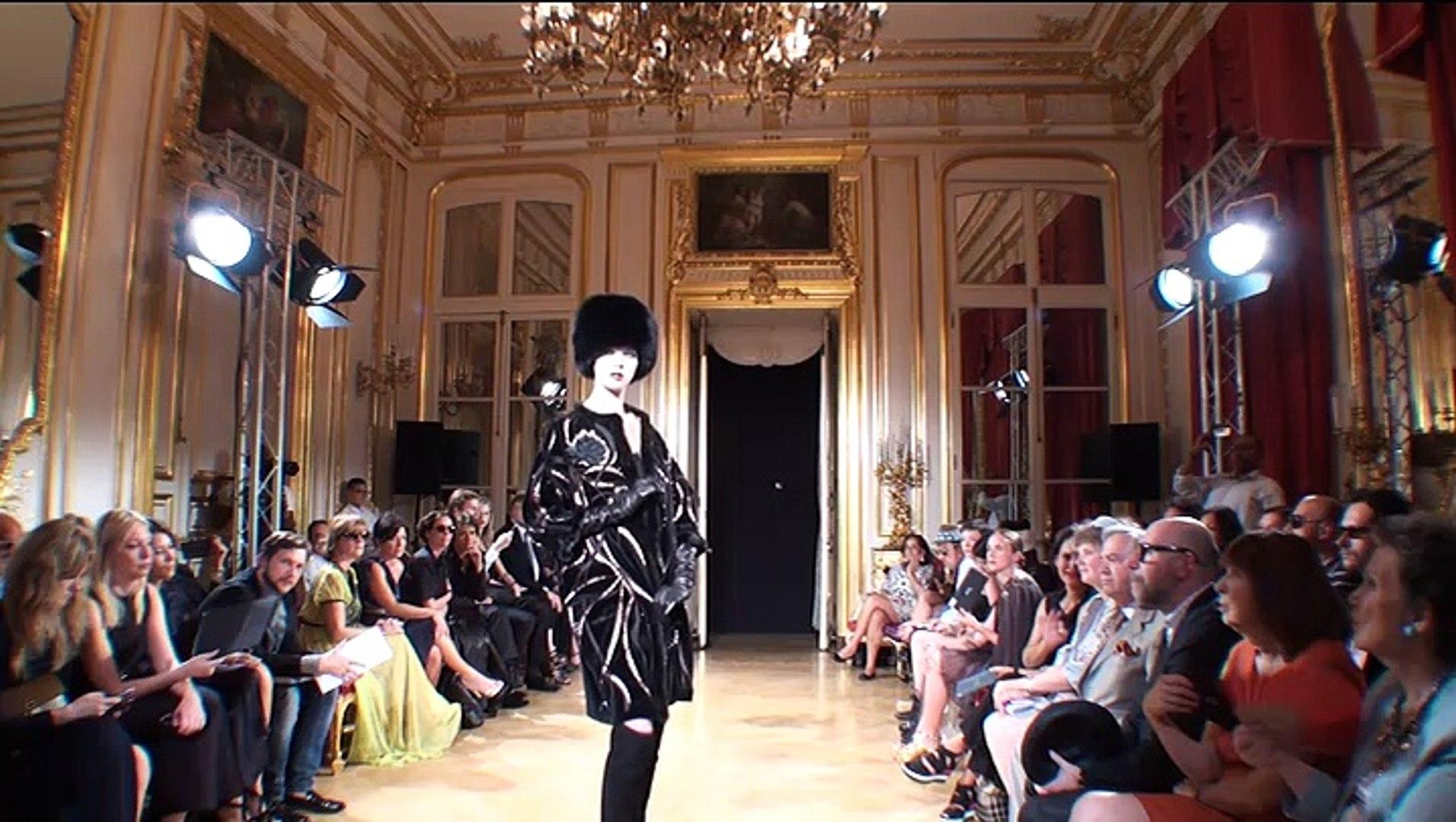 Fashion Week Paris - Yanina Fashion House /05