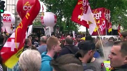 Une rescap�e du massacre d'Oradour-sur-Glane refuse d'�tre d�cor�e par Manuel Valls
