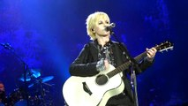 Dolores O'Riordan feat The Cranberries - Ordinary Day (live Halle Tony Garnier Lyon 20/11/12)