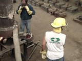 Fundicion de hierro en la eet nº 10 -Fray Luis Beltran -17