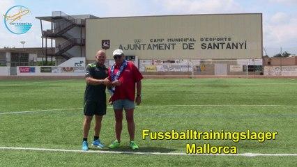 Fussball Trainingslager im Stadion von Santanyi auf Mallorca