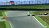 Accident impressionnant lors d'un Grand Prix de moto en Espagne