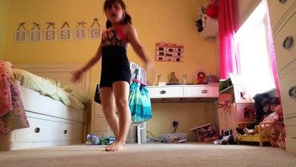 Teaching My Sister Gymnastics - video Dailymotion