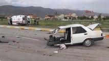 Erzincan - Ambulans ile Otomobil Çarpıştı 3 Ölü 8 Yaralı