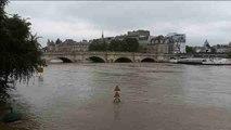 París asiste temerosa a la peor crecida del Sena en tres décadas