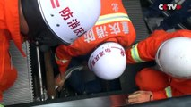 Un homme s'est retrouvé englouti par un escalator en Chine