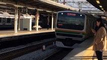 湘南新宿ラインE231系1000番台 S-26 K-16 大船駅到着・発車シーン