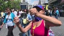Oposición venezolana protesta por revocatorio contra Maduro
