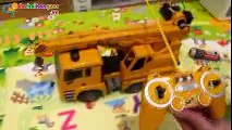 Xe cần cẩu điều khiển từ xa - dochoihanquoc.vn - 04.6278.3521