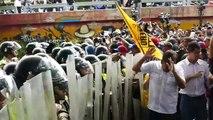 PNB agredió con gas pimienta a manifestantes que se dirigían al CNE