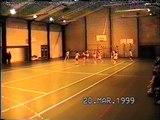 Video vintage des seniors filles en 1999.