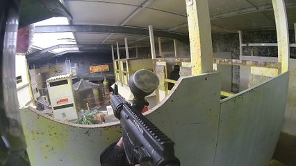 Votre session de paintball B061040616URBA0003
