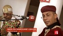 """Le maâlem Marouane Lbahja joue """"Weld al nour"""" - Festival Gnaoua à Essaouira, Maroc"""