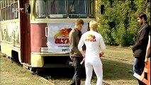 Ruska dizačica utega povukla tramvaj težak 17 tona