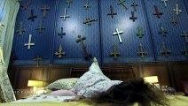 Des auxiliaires de vie piégés par une fausse malade possédée ont la peur de leur vie