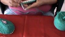 Créez vos propres pantoufles avec vos semelles de tongs. L'astuce de cette femme est bien pratique !