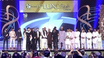 Son pays tearful tribute to Amjad Sabri in 15th Lux Style Awards 2016