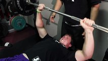 14 YEAR OLD GIRL BENCH PRESSES 310LBS! (140KG) - video