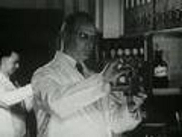 The Pharmacist (1946)