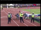 La police samoane relève le défi du Running man