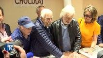 Jean-Paul Belmondo au Musée du chocolat pour inaugurer un gâteau qui lui rend hommage