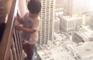 Un père réalise des effets spéciaux sur les cascades de son fils