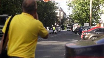 Robot fugge da laboratorio e blocca il traffico