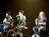 """Show Tokio Hotel São Paulo 23/11/2010 - Bill Kaulitz """"Obrigado São Paulo"""""""