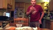 Eteindre les bougies d'anniversaire sans souffler ses germes sur le gâteau LOL