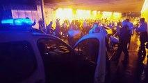 Euro 2016: Les supporters Irlandais mettent l'ambiance devant la police à Bordeaux