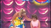 La petite fille de Pavarotti chante aussi bien que lui ! Quelle performance !