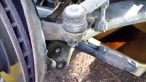 Como cambiar rotulas de suspension delantera en  Toyota Corolla 1995-2008 parte3